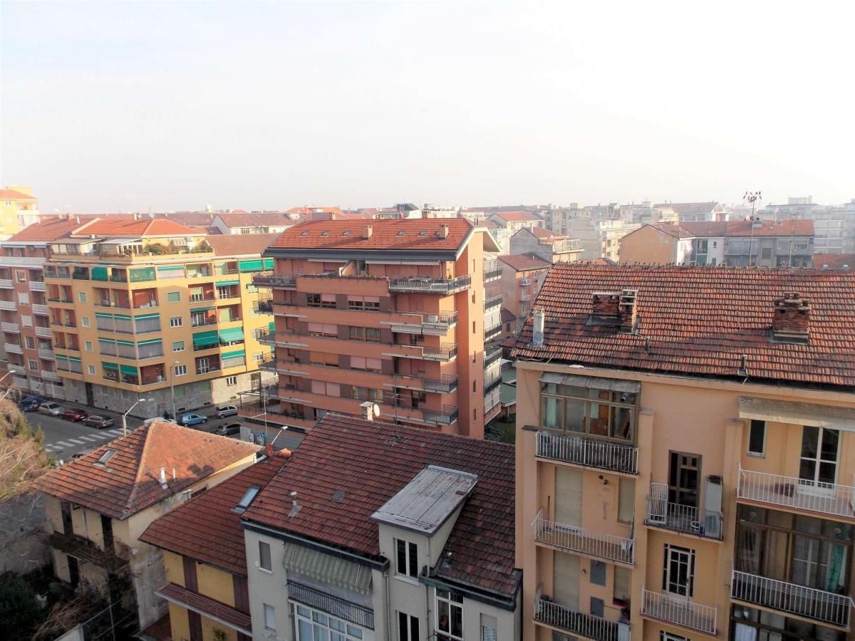 Foto 8 di Trilocale Corso Sebastopoli, Torino